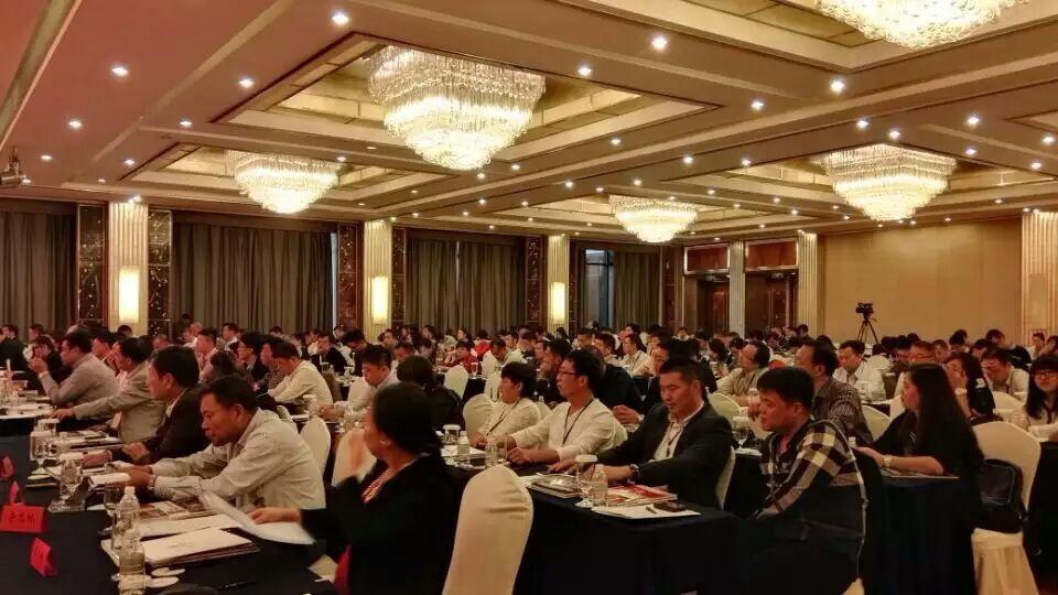 中国国际五金展在上海国际会展中心隆重召开.jpg