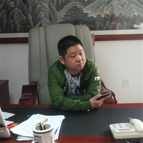 谢文泽 常务副会长.jpg
